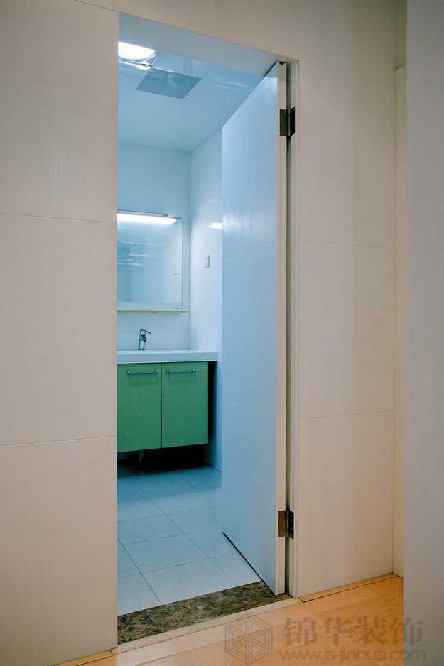 名称:洗手间  名称:隐形门打开后的效果